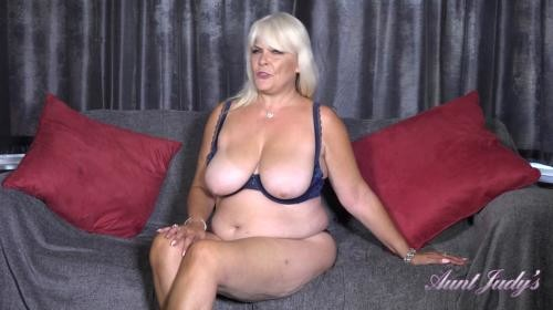 [AuntJudys] Auntie Christina Tease And Joi (2019/1.15 GB/1080p)