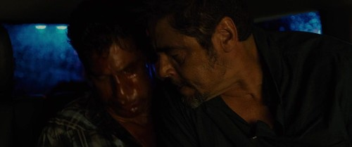 Sicario (2015) 720p BluRay x264 {Dual Audio} [Hindi+English] Exclusive-DREDD