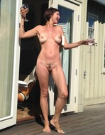 xfesljbhzrxe t - Celebrity Naked or Oops - 1 to 4 Pics Only