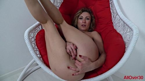 [AllOver30] Julia North Mature Pleasure (2019/1.09 GB/1080p)