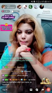 Pakistani Streamkar Girl Jogni Showing Her Big Boobs