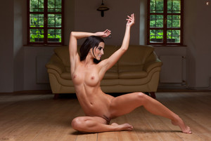 Penelope Cruz young and naked spreads legs photo shoot for Playboy magazine UHQ