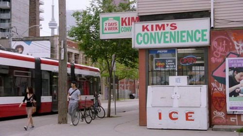 Kims Convenience S04E02 WEBRip x264-CookieMonster