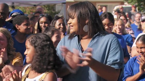 Extreme Makeover Home Edition S10E01 All in the Mosley Family 720p WEBRip x264-CAFFEiNE