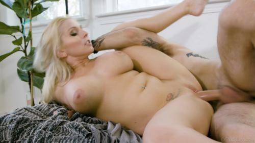 [DevilsFilm] Christie Stevens Scoring With My Hot MILF Neighbor (2020/1.35 GB/1080p)