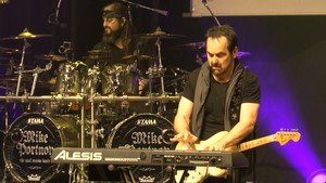 The Neal Morse Band - The Great Adventour Live In Brno 2019 (2020) [2xBlu-ray]