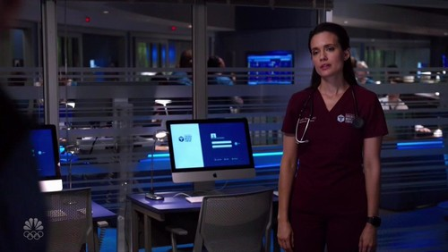 Chicago Med S05E18 720p HDTV x264-AVS