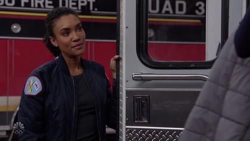 Chicago Fire S08E18 720p HDTV x264-AVS