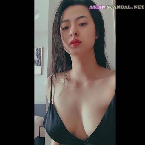 Perfect Asian Model Girlfriend