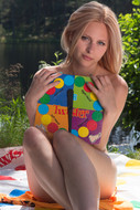 Emma - Nude twister (x128)